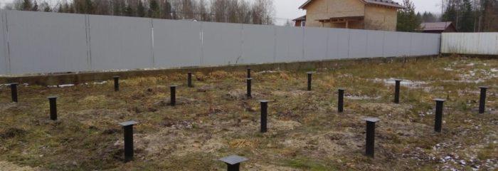 Фундамент на винтовых сваях на участке в Красницах у Светланы Викторовны